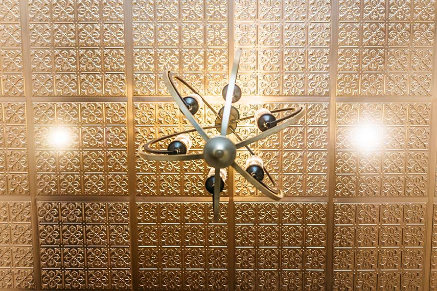 plafond tuile de metal cuivre