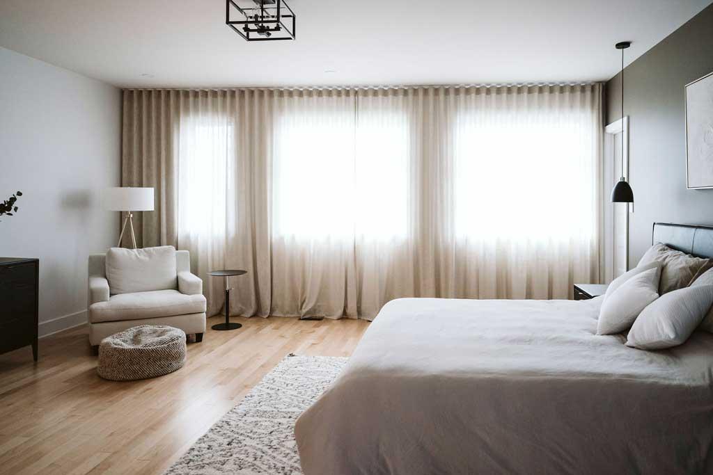 mur_rideau_chambre